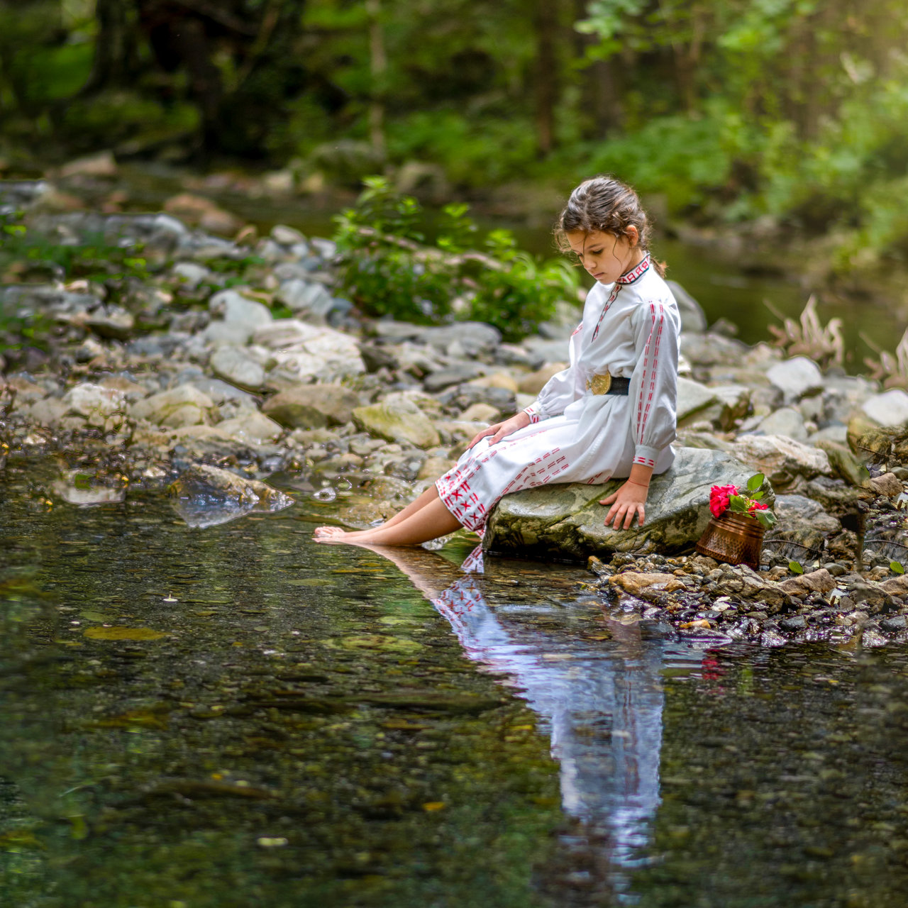 Малка мома на река | Author Vasilena Plachkova - Model_86 | PHOTO FORUM