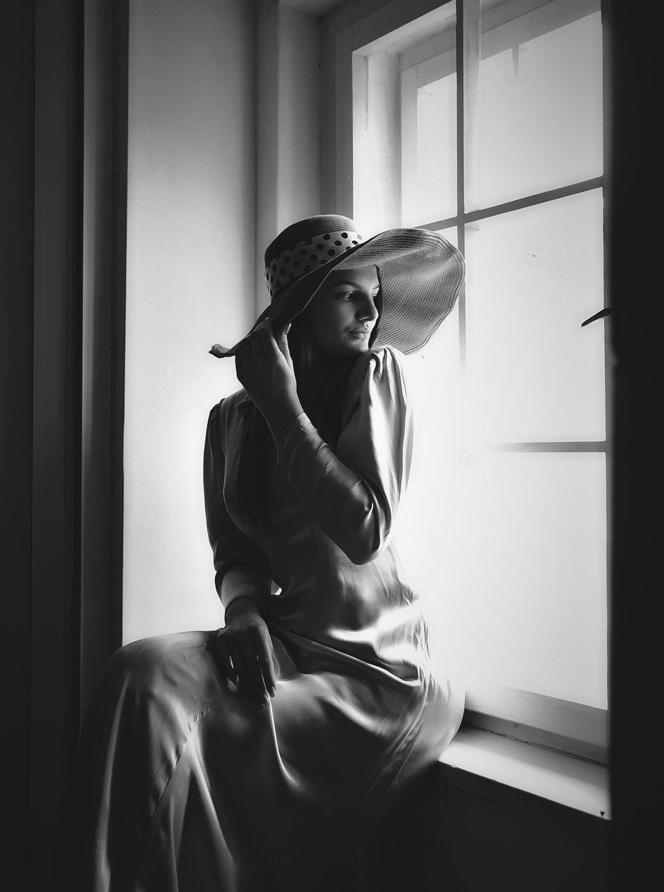 Момичето с шапката | Author Toni Atanasova-Obretenova - ABATO | PHOTO FORUM