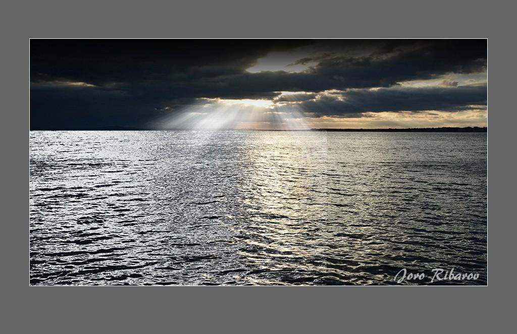 Морско утро   Author Georgi Ribarov - Djoro   PHOTO FORUM