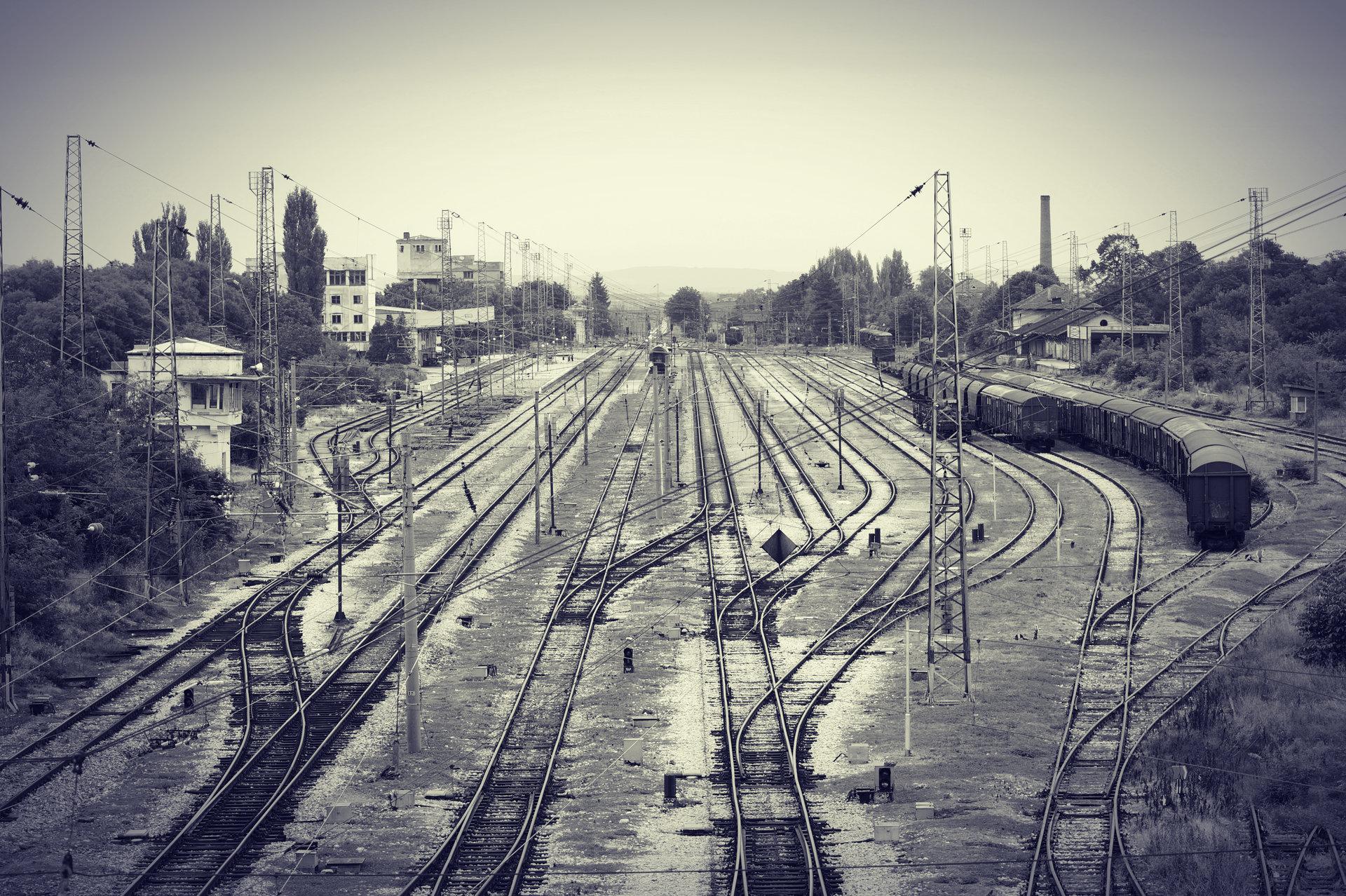 Train station | Author Пантелей Божиков - pando1985 | PHOTO FORUM