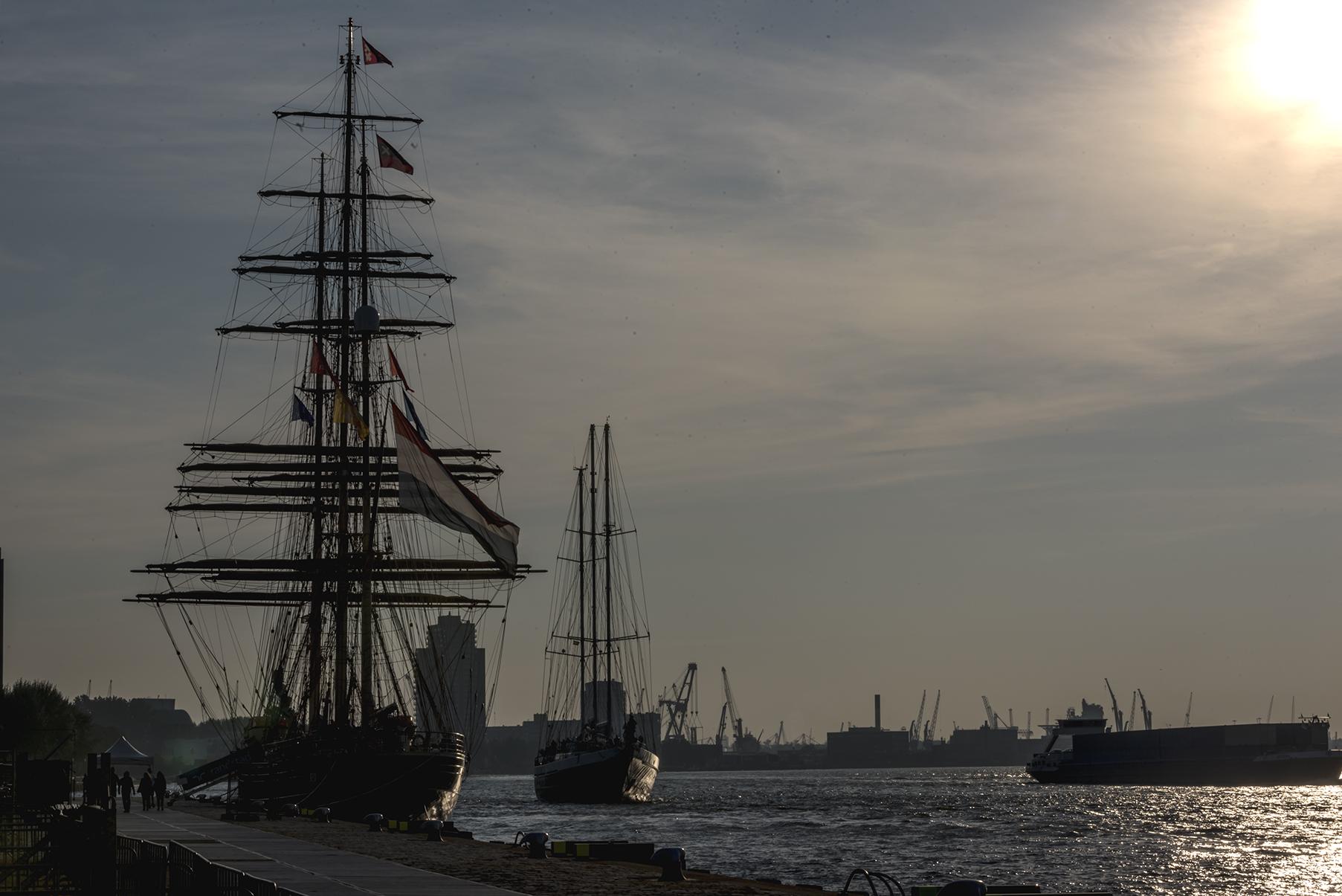 Rotterdam haaven | Author Vasil Kopchev - vaskoto1 | PHOTO FORUM