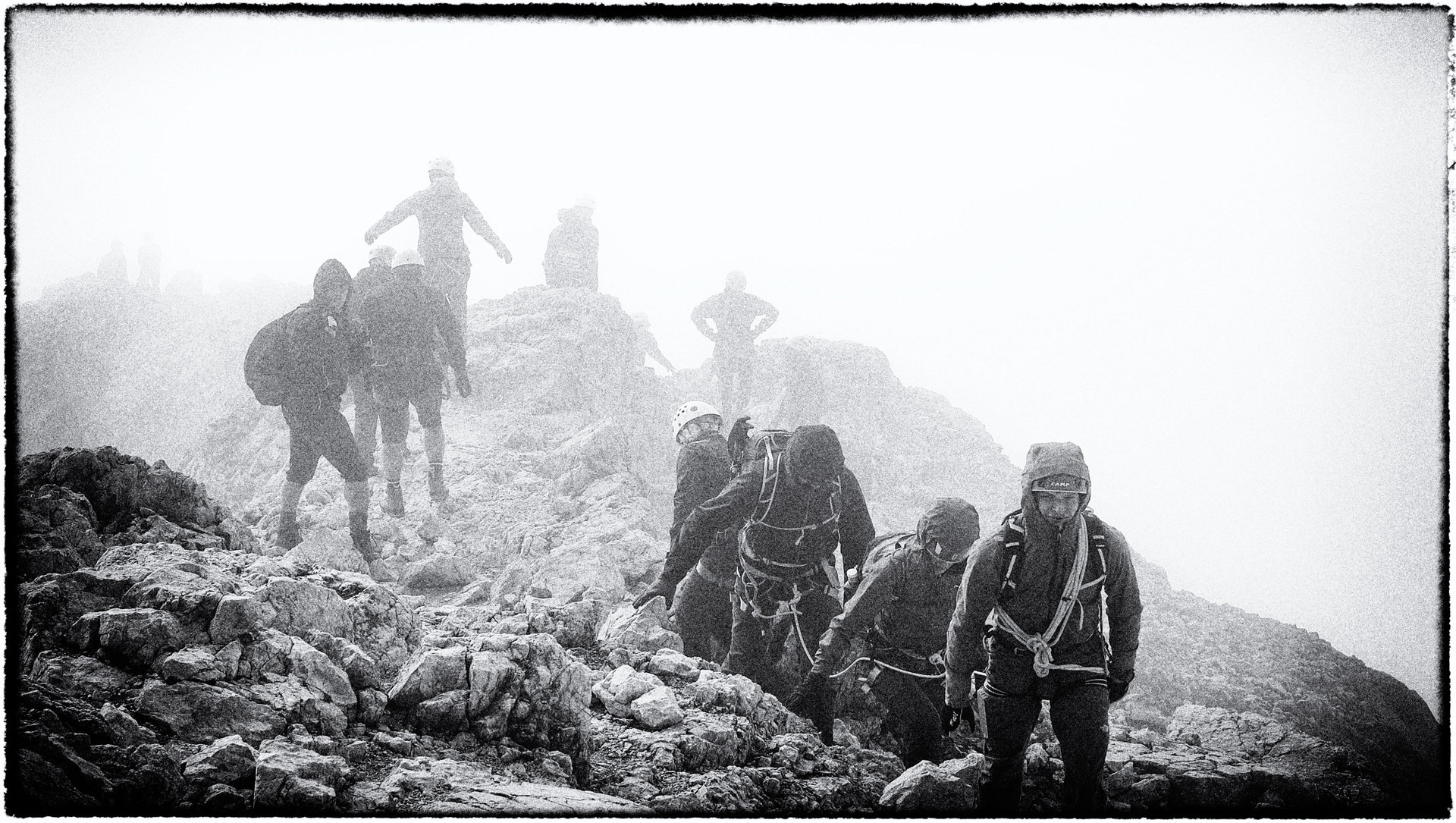 В  мъглата-по ръба на Триглав | Author Miroslav Zhekov - mitpis | PHOTO FORUM