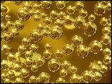 Въздушни мехурчета в чаша газирано безалкохолно ; comments:41