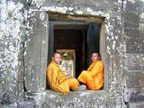 Будистки монаси, Ангкор, Камбоджа ; comments:40