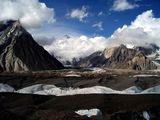 В сърцето на планината ; comments:49