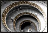 спиралата на живота ... едни вървят нагоре, други-надолу ... ; comments:89