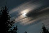 Луна и облаци ; comments:10