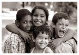 """Магията на детството и приятелите от """"махалата""""!  (монохромна версия) (от конкурса """"Важните неща"""") ; comments:18"""