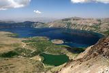 Студеното и топлото езеро в кратера на вулкана Немрут /край езерото Ван в Източна Турция/ ; comments:28