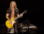 Doug Aldrich (Whitesnake, July 2008, Sofia) ; comments:13