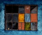 За цветните полуквадрати, жълтото кафе и за строителните експонати! ; comments:46