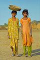 Девойки от село Khuri, Rajasthan, India ; comments:24