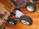 Автомобил в хола ; comments:10