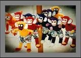 маймунки на конци ; comments:3