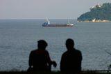 Корабче на хоризонта ; Няма коментари