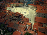 the town square grid ; Comments:19