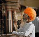 Портрет на индиец с кафе ; comments:78