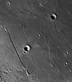 Луна - разломът Rupes Recta и каналът Rima Birt - този път при 15 000 мм фокусно ; comments:11