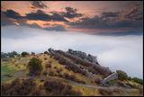 Мъгли над Тлос ; Comments:25