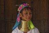 жена от племето на дългите шии ; comments:17