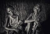 Фамилен портрет на три жени от племето Ел Моло, Кения ; comments:239