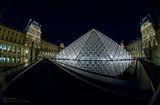 Le Louvre V ; comments:23