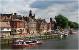 Йорк - пладне край реката ; comments:21