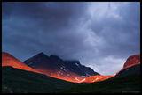 Масивът Hurungane с най-високия си връх Skagastølstindane скрит в облаците. Национален парк Jotunheimen ; comments:35