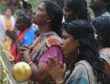 хиндуистки поклонници ; comments:9
