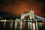 Лондонче... освен дърветата и небето става оранжево ; comments:18