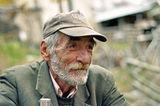 ...дядо Стефан от село Върбово/Горната махала/, Родопите ; comments:24
