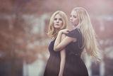 Lisa Carina & Rebecca Katharina ; comments:51