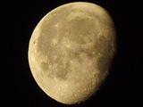 Луната преди изгрев 13.01.2012г. ; comments:4