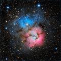 Мъглявината М20 (NGC 6514), Trifid Nebula - в съзвездието Стрелец, заснета в 4 филтъра, общо експозиционно време 2 часа ; comments:90