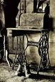 Тъмни сенки и бледи отражения от отминали дни. ; comments:21