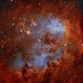 IC 410 (LBN 807) - Емисионна мъглявина в съзвездието Колар, заснета в Ha и OIII, общо експозиционно време 7:20 часа ; comments:125