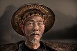 Наи-младият рибар от фамилията Хуан - 64 годишният Гао ; comments:53
