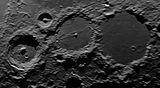 Кратерите Arzachel(97км), Alpetragius(40км), Alphonsus(108км), Ptolemaeus(153км) ; comments:4