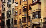 Innsbruck ; comments:46