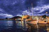 Harbour ; comments:4