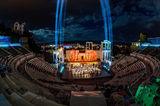 Светлините на театъра ; Коментари:25