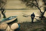 Рибарска му работа ; comments:14
