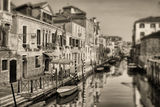 Да се събудиш във Венеция ; comments:18