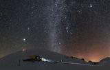 Заслон Ботев (2210) и връх Ботев (2376) с кулата в звездната януарска нощ ; comments:37