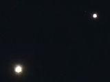 Юпитер със свитата си на 0,6 градуса от Венера ; comments:13