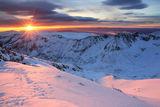 Зимна приказка - изгрев от вр.Мусала, Рила ; comments:45