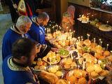 Разчупване на осветените хлебове ; comments:8