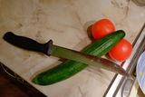 Натюрморт с нож и полски домати до мивката! ; comments:7
