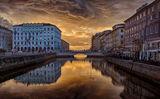 Залез в Trieste Itali ; comments:19