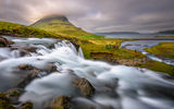 Kirkjufellsfoss and Kirkjufell ; comments:30